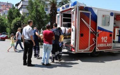 Kontrolden Çıkan Otomobil Duvara Çarptı Açıklaması 1 Yaralı
