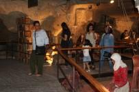 ŞAHINBEY BELEDIYESI - Milli Mücadele Müzesi Ziyaretçilerini Duygulandırıyor