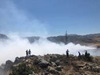 Nurhak'ta Çöp Yangını Helikopterle Söndürüldü