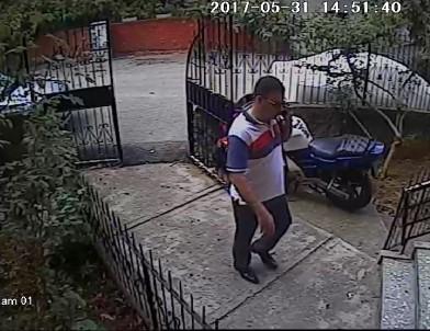 Hırsız, polisi ararken yakalandı
