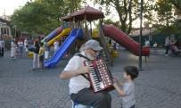 İSMET İNÖNÜ - Başkent'te Yazın Keyfi Kuğulu'da Çıkıyor