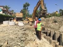 DAVUTLAR - Davutlar'da Kanalizasyon İnşaatı Devam Ediyor