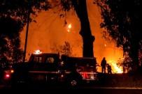 İTFAİYE ARACI - Güney Kaliforniya'da Binlerce Kişi Elektriksiz Kaldı