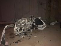 FARABI - Kontrolden Çıkan Otomobil İnşaat Halindeki Köprüden Uçtu Açıklaması 1 Ölü, 2 Yaralı