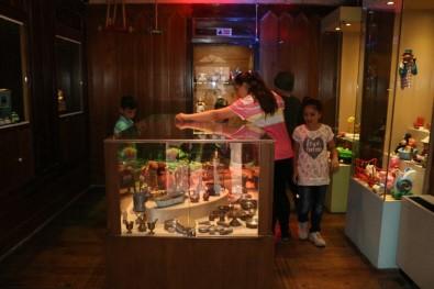 Oyun Ve Oyuncak Müzesine Çocuklardan İlgi