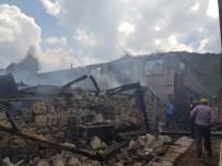 Dursunbey'de Korkutan Yangın
