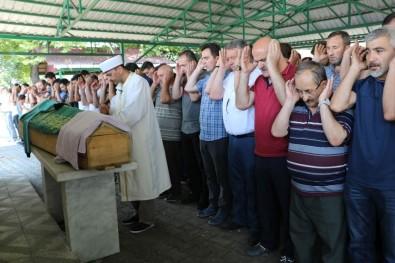 Kaçak Madendeki Göçükte Ölen İşçiler Son Yolculuğa Uğurlandı
