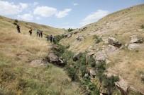ÖZEL HAREKET - Kaybolduktan 1 Gün Sonra Ölü Bulunan 2 Yaşındaki Sami Yusuf Toprağa Verildi
