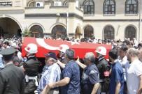 AHMET YESEVI - Kıbrıs Gazisi Demiröz Toprağa Verildi