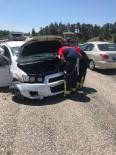 Otomobil Bariyere Çarpıp Takla Attı Açıklaması 3 Yaralı