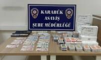 İSKAMBİL KAĞIDI - Polis Elektriği Kesip, Kumar Oynayanların Oyununu Bozdu
