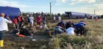 YOLCU TRENİ - Tekirdağ'da Tren Faciası Açıklaması 10 Ölü, 73 Yaralı