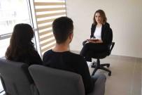 İLETİŞİM MERKEZİ - Bayraklı'da İletişim Sorununa Uzman Desteği