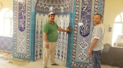 Burhaniye'de Kırtık Camine Hayırsever Güzelliği