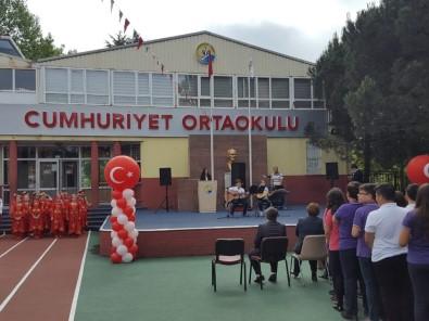 Cumhuriyet Ortaokulu Türkiye 3.'Sü Oldu