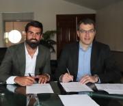 VOLKAN DEMİREL - Fenerbahçe, Volkan Demirel İle Sözleşme Yeniledi