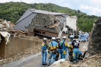 TOPRAK KAYMASI - Japonya'daki Sel Felaketinde Ölü Sayısı 112'Ye Yükseldi