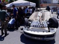 ÖĞRETMENEVI - Kahta'da İki Araç Çarpıştı Açıklaması 3 Yaralı