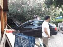 Otomobil Manavın Duvarına Çarparak Durabildi