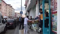 NUMUNE HASTANESİ - Sivas'ta Bıçaklı Kavga