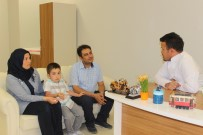 MEHMET PARLAK - Van'da 4'Üncü Kattan Düşen Çocuk Hayata Tutundu