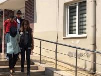 TEMİZLİK İŞÇİSİ - Adliyede Çalışan Kadın Uyuşturucu Baskınında Yakalandı