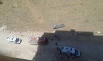 BELEDİYE ÇALIŞANI - Belediye Aracı Şarampole Yuvarlandı