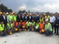 AK PARTİ İL BAŞKANI - Binali Yıldırım'dan Nevvar Salih İşgören Ulu Camii İnşaatına Ziyaret