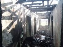 Çorum'daki Yangında Bir Ev Kullanılamaz Hale Geldi