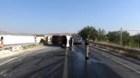 SERVİS ŞOFÖRÜ - İşçi Servisi Yan Yattı Açıklaması 17 Yaralı