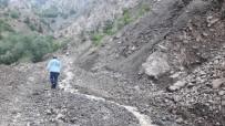 Maden Ocağı Önünde Heyelan Açıklaması 4 Kişi Mahsur Kaldı