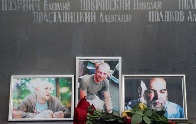 Rusya gazetecilerine ağlıyor