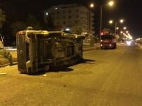 ABDULLAH GÜL - Şanlıurfa'da Trafik Kazası Açıklaması 1 Yaralı