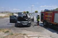 KADİR ÇELİK - Seyir Halindeki Araç Alev Aldı