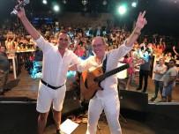 RAFET EL ROMAN - Sinan Erkoç Konserinde Rafet El Roman Sürprizi