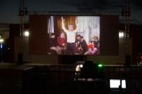 MÜNİR ÖZKUL - Sinema Festivali, Yeşilçam'ın Unutulmaz Filmlerinden 'Neşeli Günler' İle Devam Etti