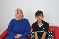 İBRAHIM AKGÜN - Annesinin Fotoğrafını Oğlunun Kimlik Kartına Bastılar