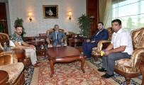 BÜLENT YıLDıRıM - Başkan Tuna'dan 5 Kişiye MKE Ankaragücü Kombineleri Hediyesi
