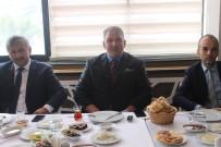 Bayburt Vakfı, Basın Mensupları İle Kahvaltıda Bir Araya Geldi