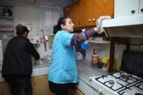 BUCA BELEDİYESİ - Buca'da Ücretsiz Bayram Temizliği