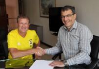 SOUTHAMPTON - Fenerbahçe'de Erwin Koeman İmzayı Attı