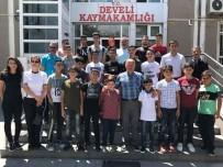 KUDÜS - Filistinli Sporcular Develi Kaymakamı Duru'yu Makamında Ziyaret Etti