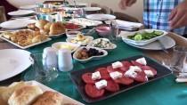 BAZLAMA - Köyün Girişimci Kadınlarına Kahvaltı Sunum Kursu