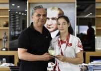 TAHA AKGÜL - Muratpaşa'nın Altın Kızına Kutlama