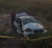 Otomobil Bariyerlere Çarptı Açıklaması 1 Ölü, 3 Yaralı