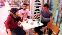 Düzceli Esnaftan Türk Lirasına Destek