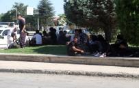 MUSTAFA KORKMAZ - İstanbul Yerine Elazığ'da Bırakılan Afganlılar Ortada Kaldı