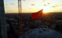 KATOLIK - Taksim Camii'nde Gün Batımı Mest Etti