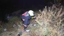 GECEKONDU - Yangında Köpekler Telef Olmaktan Son Anda Kurtarıldı