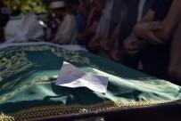 AKKONAK - Babası Tarafından Boğularak Öldürülen 13 Yaşındaki Kız Ve İntihar Eden Babası Toprağa Verildi